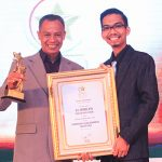 Drs. Raymon, M.Pd. Kepala SMK N 2 Padang Ketua MKKS SMK se-Propinsi Sumatera Barat